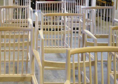 Færdig arbejde - Rådhusstole klar til møbelpolstring.